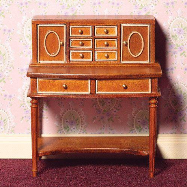 Beautiful 'inlaid' writing desk. For the dollshouse , DHE 4142